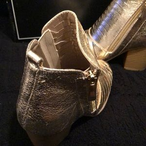 Qupid Shoes - Gold Distress Prenton Booties - NIB